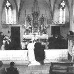 schwarz-weiß Aufnahme Trauung in alter St. Josefs Kirche