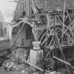 schwarz-weiß Außen-Aufnahme von Bauarbeiten an alter St. Josefs Kirche